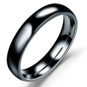 Highly Polished Black Stainless Steel Ring/Band